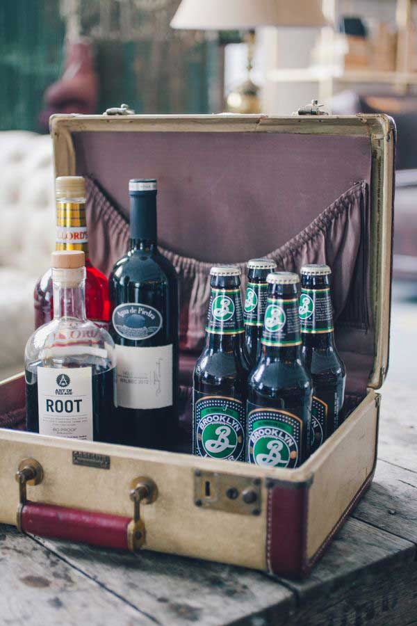 old-suitcases-decor-hdi-11