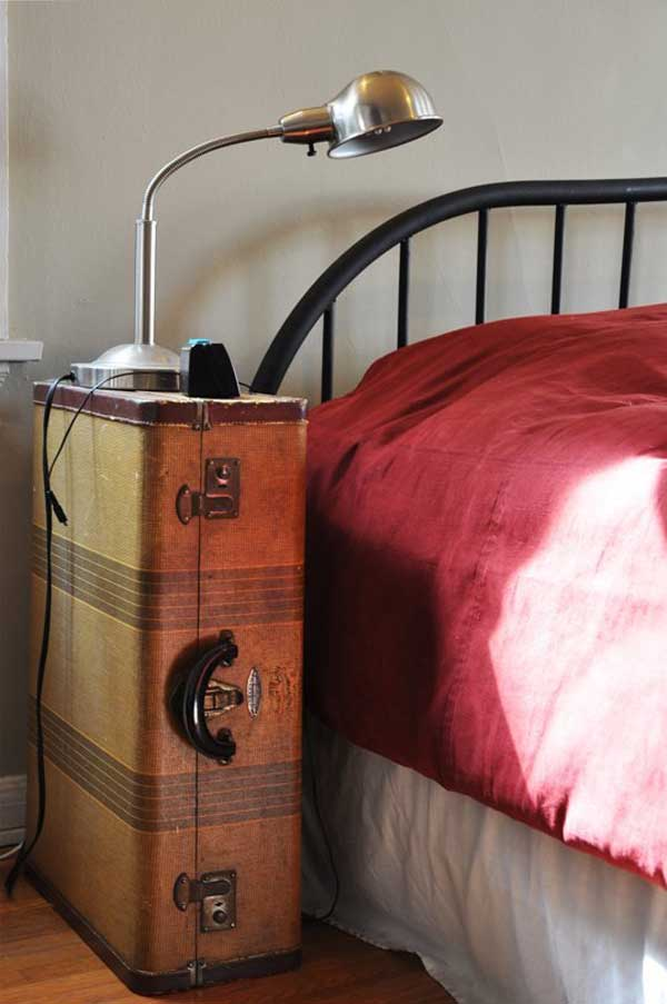 old-suitcases-decor-hdi-12
