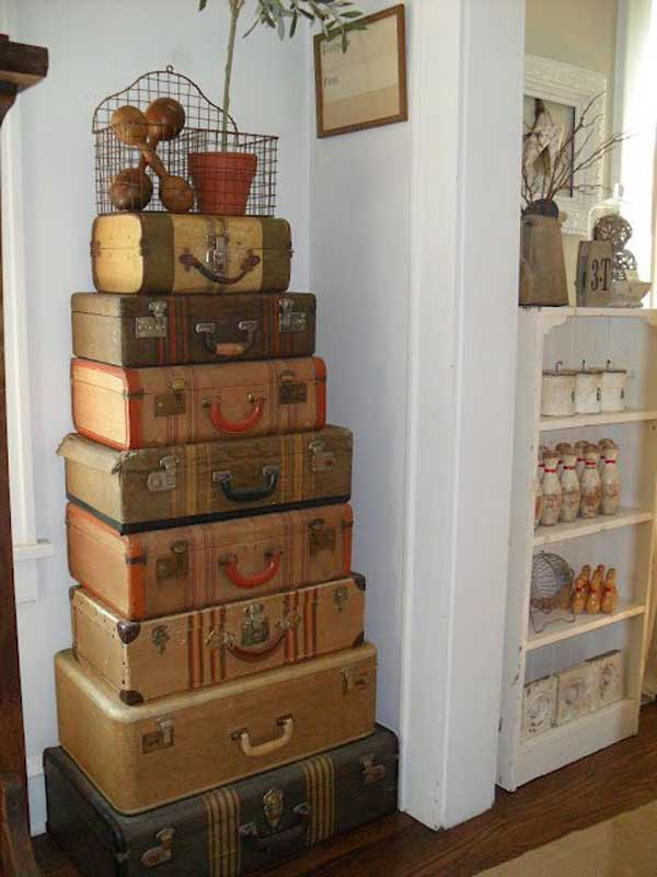 old-suitcases-decor-hdi-25