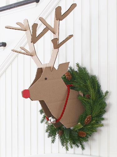 22_cardboard-reindeer