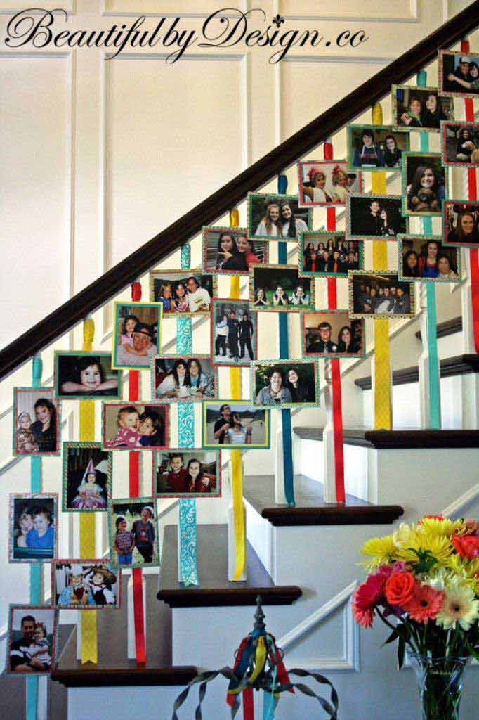 Christmas-Staircase-10