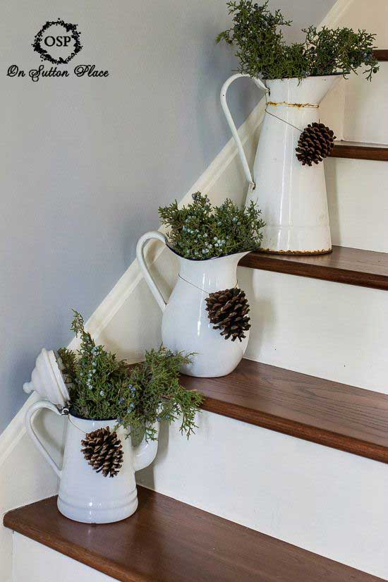 Christmas-Staircase-11