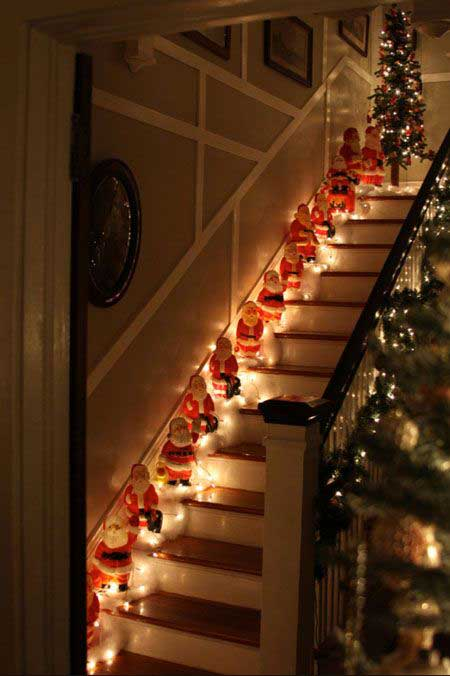 Christmas-Staircase-12