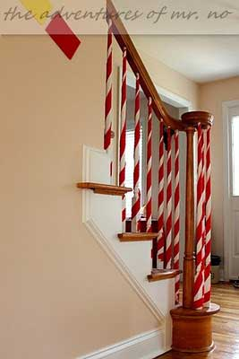 Christmas-Staircase-14