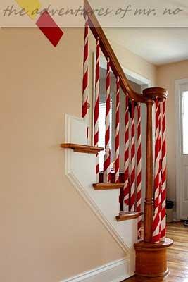 Christmas-Staircase-14