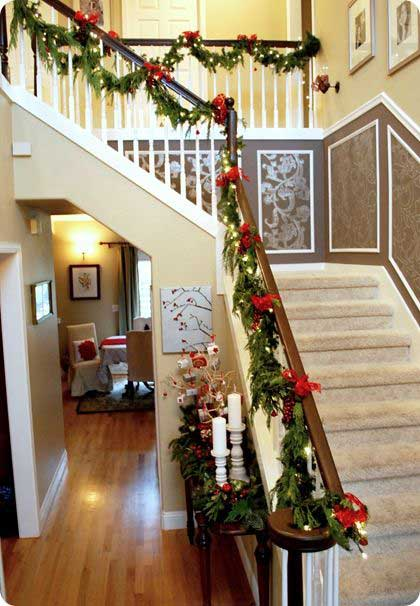 Christmas-Staircase-27