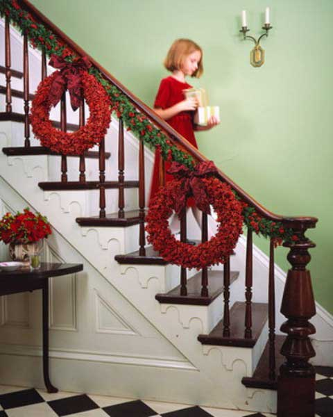Christmas-Staircase-28