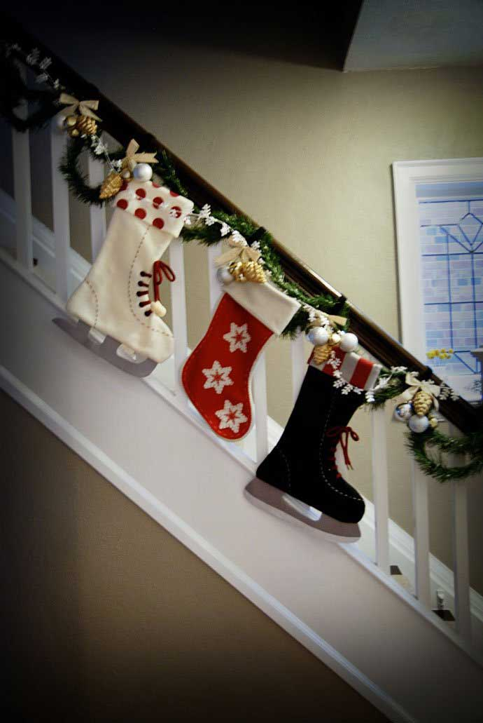 Christmas-Staircase-30