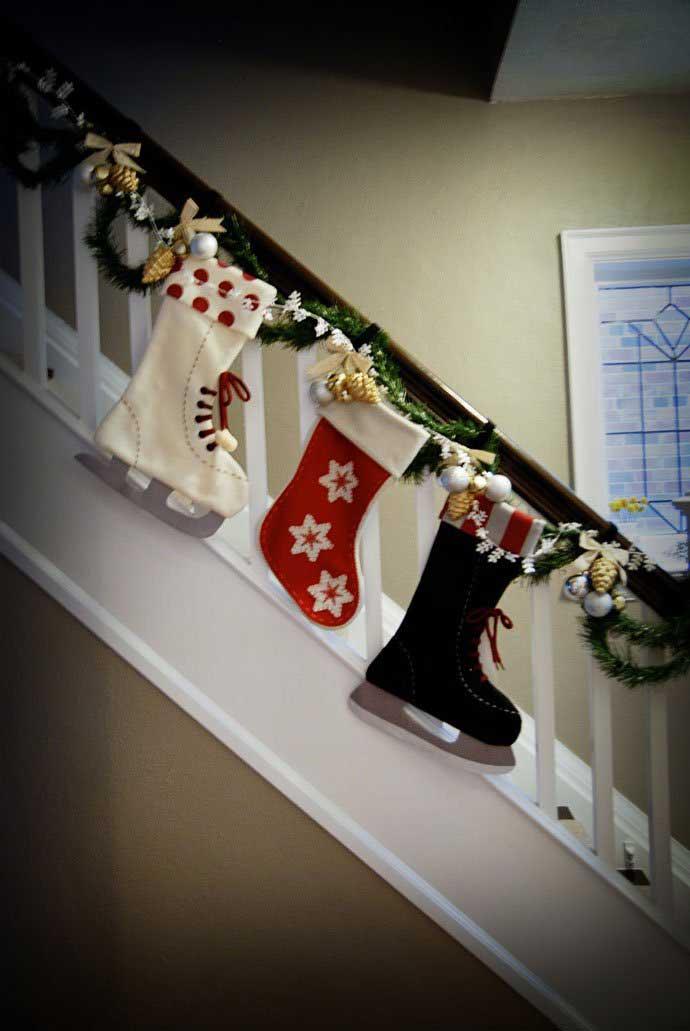 Christmas-Staircase-30