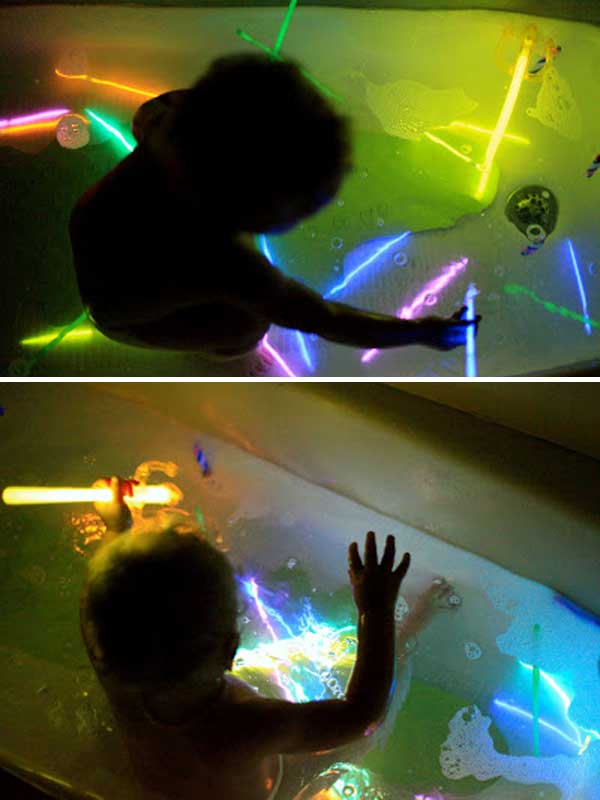 Glow-Sticks-Ideas-for-Kids-Parties-HDI-05