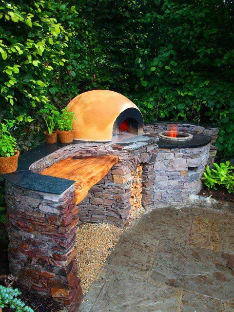 03-awesome-outdoor-oven-and-fireplace-HDI