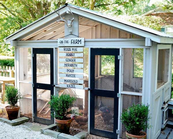 diy-chicken-coop-projects-HDI-22