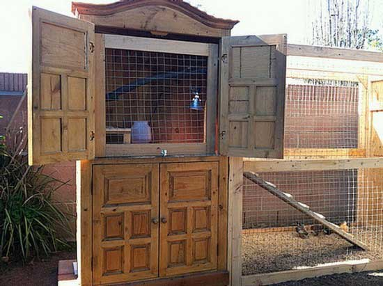 diy-chicken-coop-projects-HDI-7