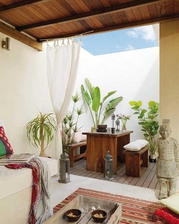 tiny-courtyard-10