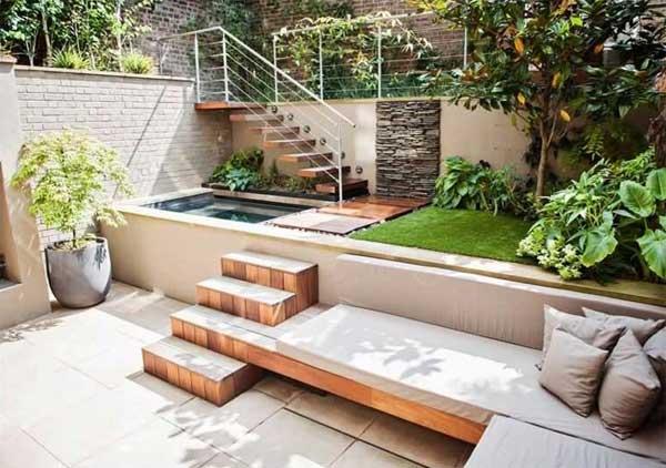 tiny-courtyard-13