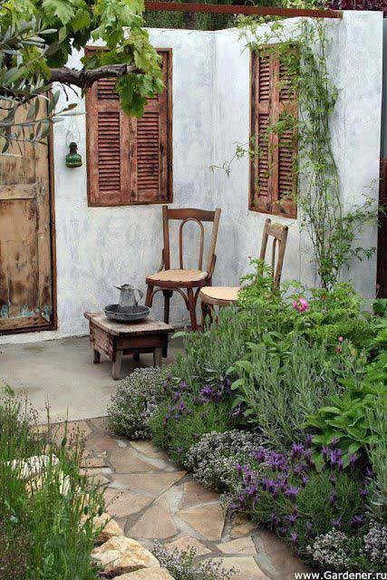 26 Fascinating Ideas for Tiny Courtyards with Big ...