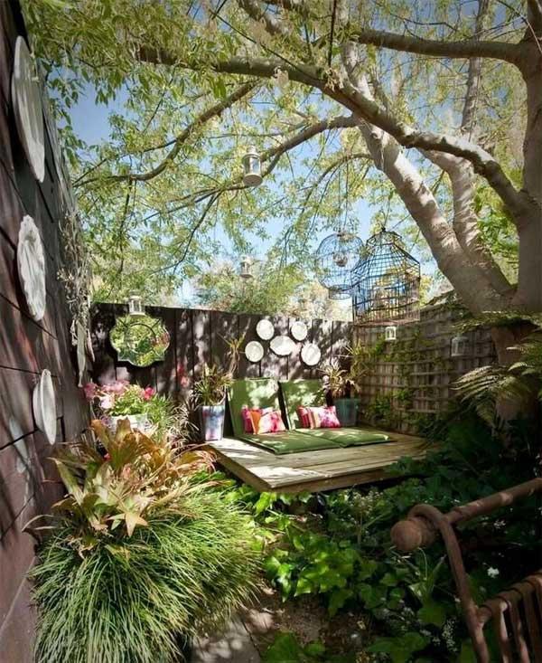 tiny-courtyard-18