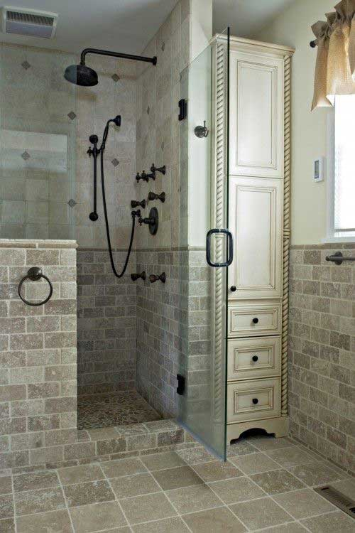 pull-out-storage-ideas-for-your-bathroom-18