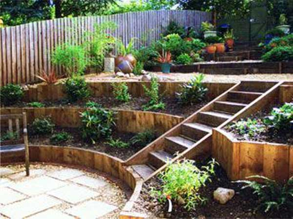 planning a sloped yards outlook seems to be a design challenge but with a little effort and creative idea you can make your yard amazing - Yard Design Ideas