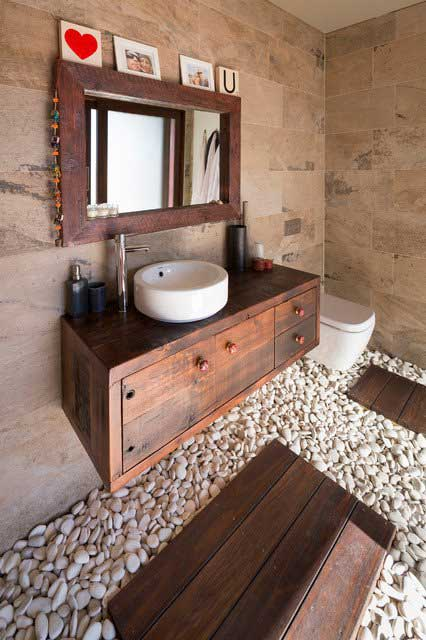 22 Ways To Boost And Refresh Your Bathroom By Adding Wood
