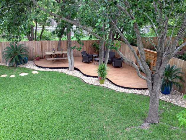 Source Unknown. - 23 Easy-to-Make Ideas Building A Small Backyard Seating Area