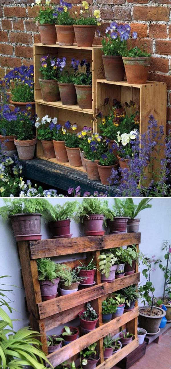 Display Clay Pots Planters on Pallet