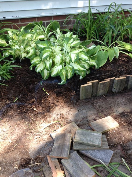 Pallet Wood as Garden Edging