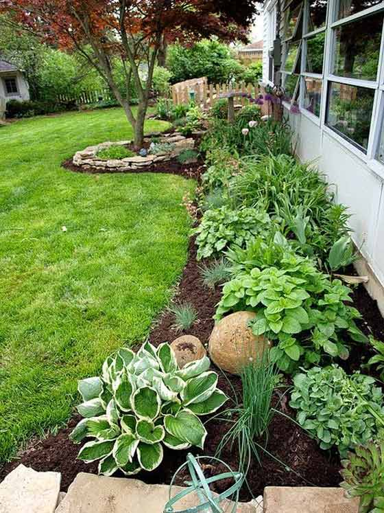 22 Mind Blowing Front Yard Flower Bed Ideas
